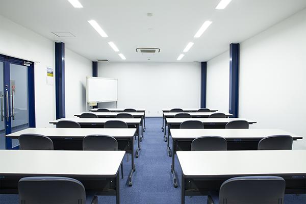 会議室3HP写真.jpg